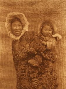 450px-Edward_S._Curtis_Collection_People_008